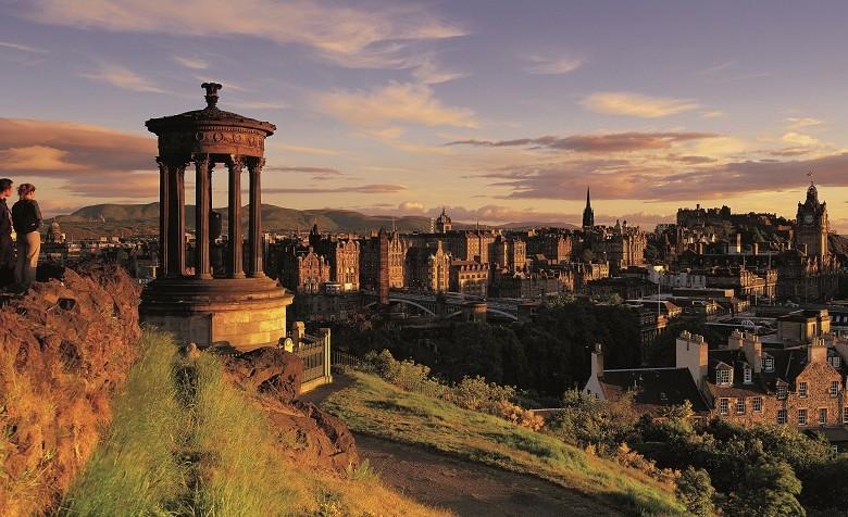Curso de inglés para adultos en Edimburgo – Escocia