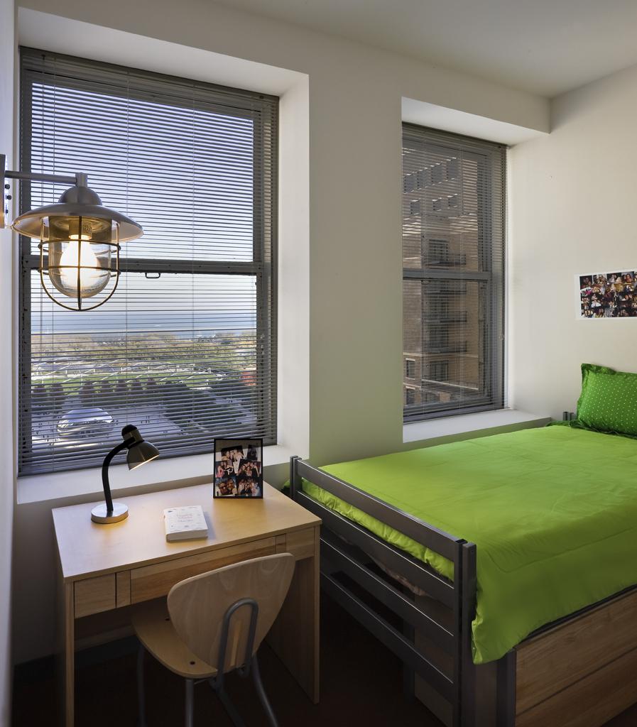 fornelli-bedroom-interior_bed-and-desk