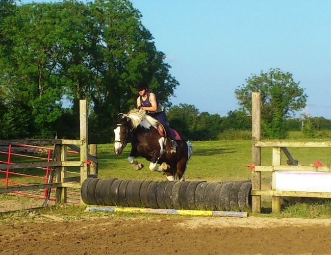 Curso de inglés y equitación para jóvenes de 11 a 17 años en el rancho Lakelands